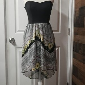 Sweet Storm summer strapless floral dress small